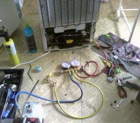 Срочный ремонт холодильников и морозильников