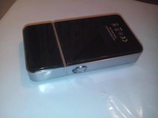 Компактная аккумуляторная электробритва iShave, карманная.