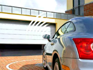 Rolete si porti sectionate pentru casa ta.