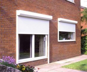 Reparatii obloane exterioare(rollete)usi si geamuri cu termopan