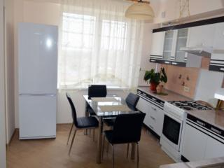 Apartament cu euroreparatie in casa noua