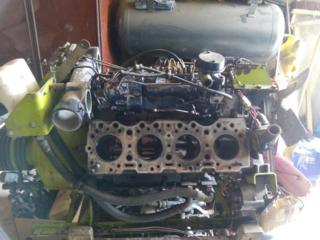 Motor la combina CLAAS (pentru piese) si val