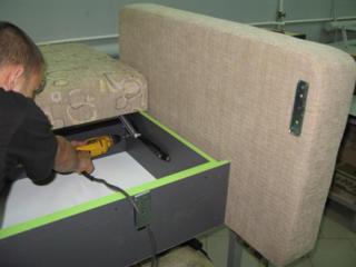 Сборка, ремонт и реставрация мягкой мебели.