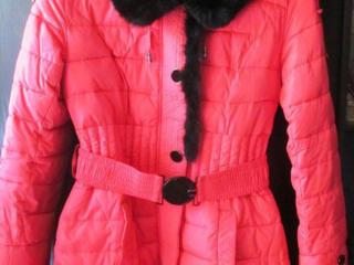 Продам пуховик, пальто-куртку женскую