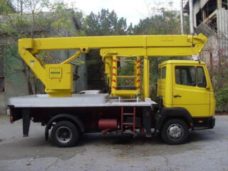 Услуги аренда заказ автовышки в Одессе высотой 14, 17, 20, 28 метров.