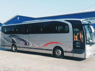 Microbuze si autocare la comanda. Numai directii internationale.