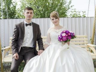 Продается шикарное свадебное платье!!! Vind rochia de mireasa!