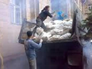 Бельцы. Рабочие. Снос домов бетоновырубка река бетона очистка участков