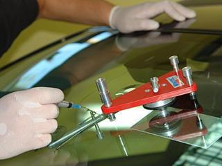 Ремонт лобовых стекол (сколы, трещины)