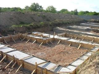 Укрепление фундамента, армопояс, бетонные работы