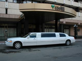 Новая модель Lincoln Town Car