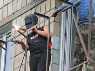 Бельцы ремонт балконов под ключ! Козырьки бельевые кронштейны сушилки!
