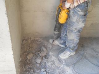 Бельцы. Демонтаж полов стяжки плитки кафеля вывоз мусора бетоновырубка