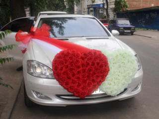 Сдам украшения на авто. Кольца. Цветы на решетку. Сердца. Огромный выбор.