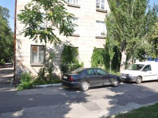 71кв. м фасад на ул. Г. Виеру + 213 кв. м подвал 3м высота