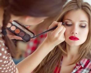 Curs de make-up profesional