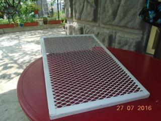 Металлический экран на отопительную батарею