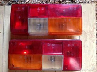 Продам б/у оптику (фары) на ВАЗ 2105