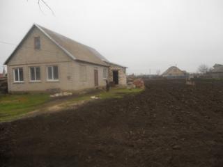 Продаётся частный дом в селе Незавертайловка. Либо обмен на Квартиру.
