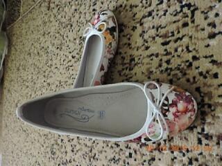 100 руб. новые туфли 35 размер