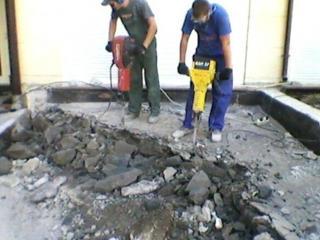 Демонтажные работы любой сложности! бетоновырубка! Разрушение бетона!!