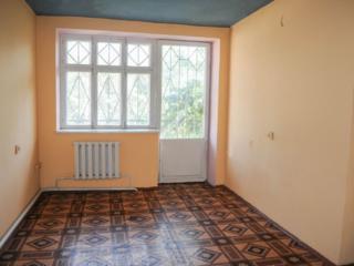 Direct de la proprietar casa, depozit, garaj pe str. București 57.