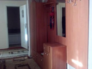 În chirie pe termen lung apartament cu 3-odăi in centrul Ciocana