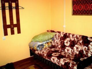 Студия посуточно, 2 дивана, Wi-Fi, пр. Центральный/2-я Слободская