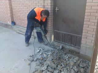Бельцы услуги перфоратора отбойный молоток бетоновырубка вывоз мусора