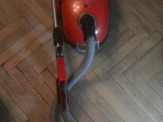 Продаю мощный пылесос LG VC39101 HQ.