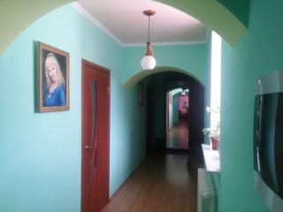 Продам отличный, котельцовый дом 180 м кв., р-н Балка