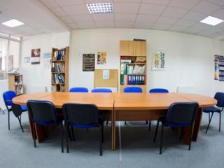 Vand Spatii oficii, croitorii 415 m2;