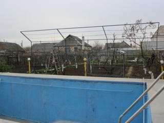 Капитальный дом в Карагаше, 4 комнаты, бассейн, персиковый сад, сауна,