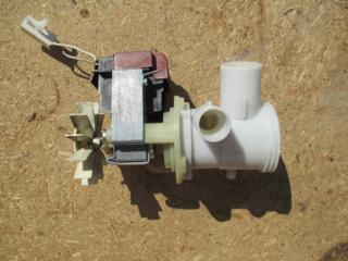 Сливной насос стиральной машинки AEG