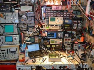 Куплю осциллографы, вольтметры, оборудование, платы, процессоры...