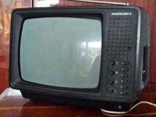 Продам переносной маленький телевизор ЮНОСТЬ, б\у, 150руб