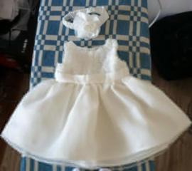 Продам праздничное платье на возраст 3-9 месяцев