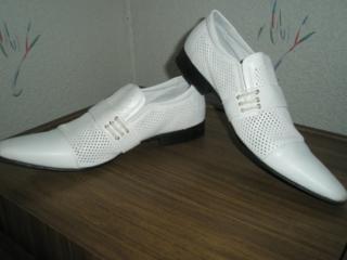 Продаются новые мужские кожаные туфли 43 размера 600 руб.