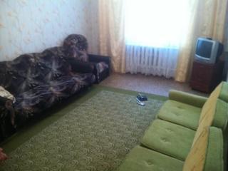 Срочно сдам 2-комнатную квартиру в Центре.
