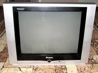 """Продам телевизор """"Breeze 21""""."""