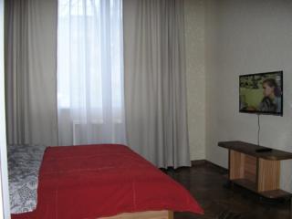 Сдаю посуточно, почасово уютную квартиру в центре Кишинёва. Скидки