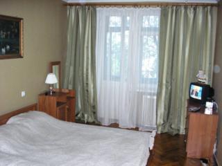 Сдаю посуточно, почасово 1- и 2-комнатную квартиру в центре Кишинёва.