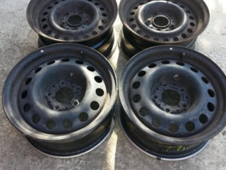 Продам диски стальные BMW R15