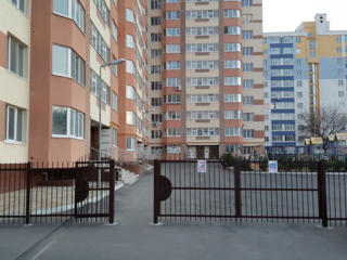 Apartament in bloc nou. Buiucani, piata Delfin 60 m2