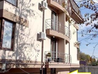 Продается квартира 90 кв м, нулевой этаж