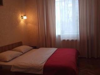 Сдаю квартиру в Кишинёве посуточно, почасово (центр, Григория Виеру 3)