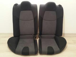 Задние сиденья от Mazda RX8