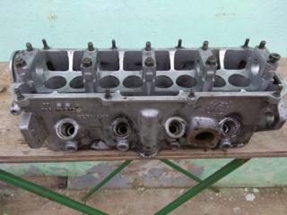 НА ПАССАТ Б2 (ДИЗЕЛЬ) головка блока, распредвал VW1.6D