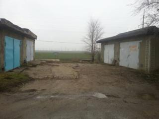 Днестровск. Два гаража. Автостанция. Можно по отдельности. Или обмен!