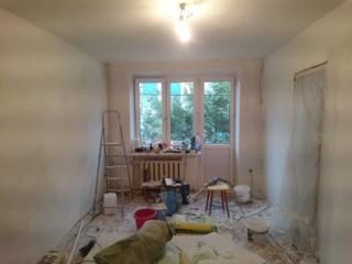 Укладка ламината, поклейка обоев, ремонт квартир.